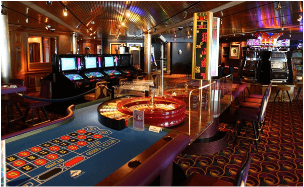 Should you play table games at Canadian Cruise