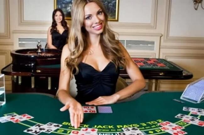 3 Popular Live Dealer Online Casinos
